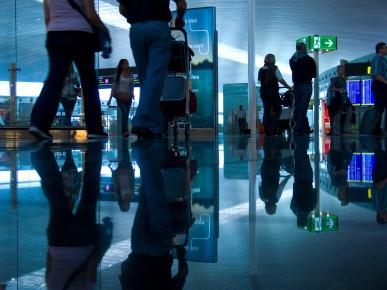 Wandering airport